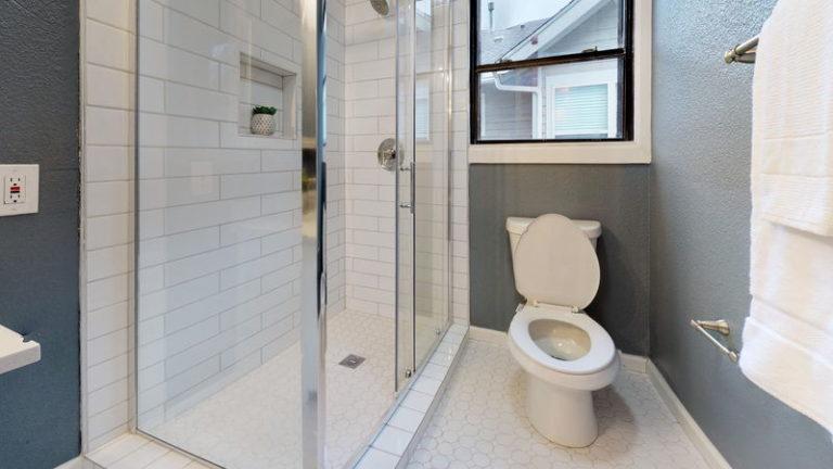 bathroom-remodeling-services-dallas (2)