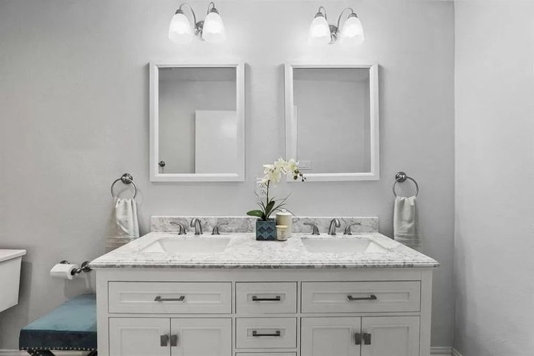 Bathroom-remodeling-services-grumman (2)