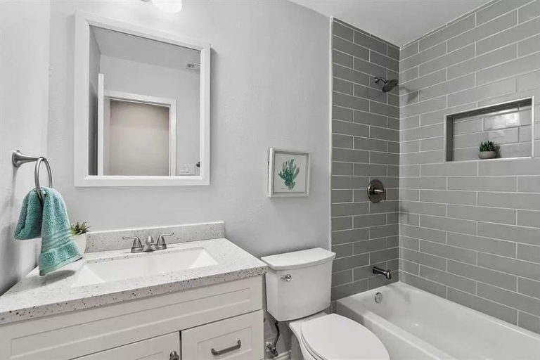 Bathroom-remodeling-services-grumman (3)