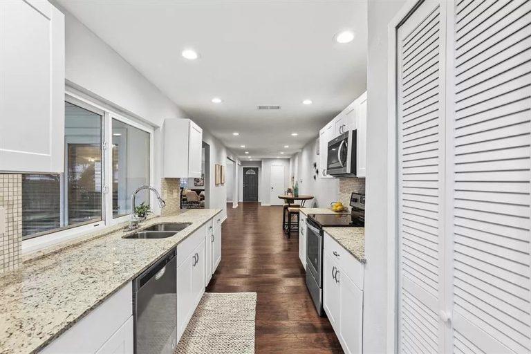 kitchen-Remodeling-services-grumman (1)