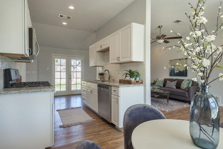 Full-remodeling-services-cary-2715 (10)