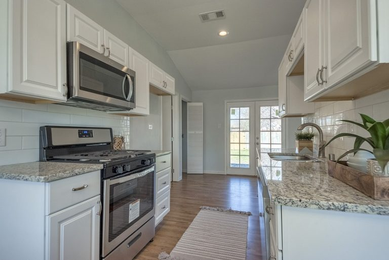 Full-remodeling-services-cary-2715 (11)