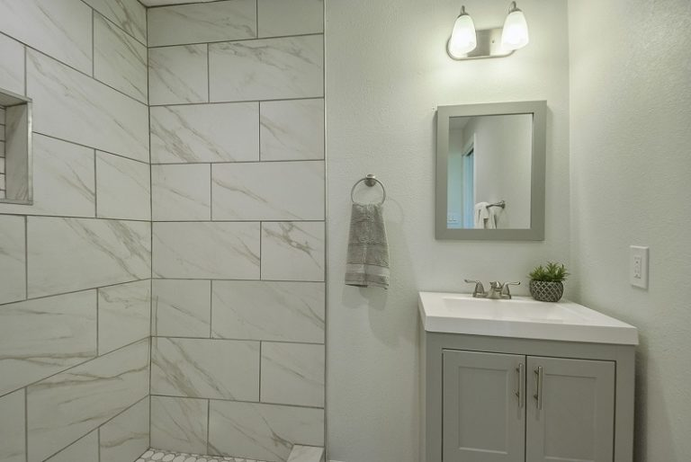 Full-remodeling-services-cary-2715 (13)